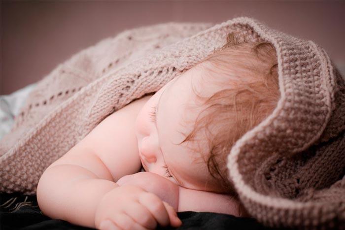 Ребенок стал потеть во время сна