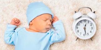 младенец и часы